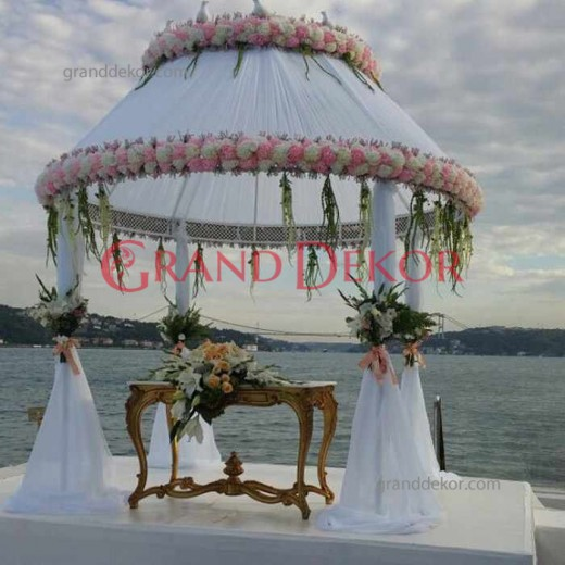 Metal Baklava Desenli Düğün Gazebo
